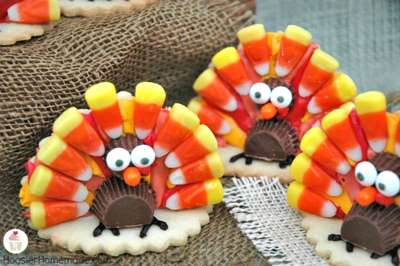 Thanksgiving Turkey Cookies via Hoosier Homemade