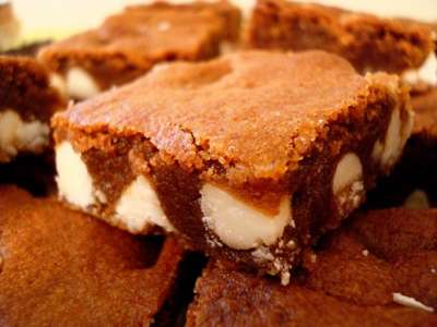 Gingerbread Blondies from Mels Kitchen Cafe