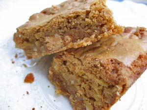 Butterscotch Pecan Saucepan Blondies